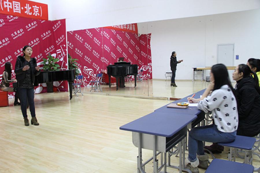 声乐艺考时考生需要注意哪些问题