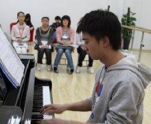钢琴养护常识