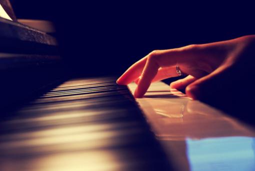 钢琴即兴伴奏技巧