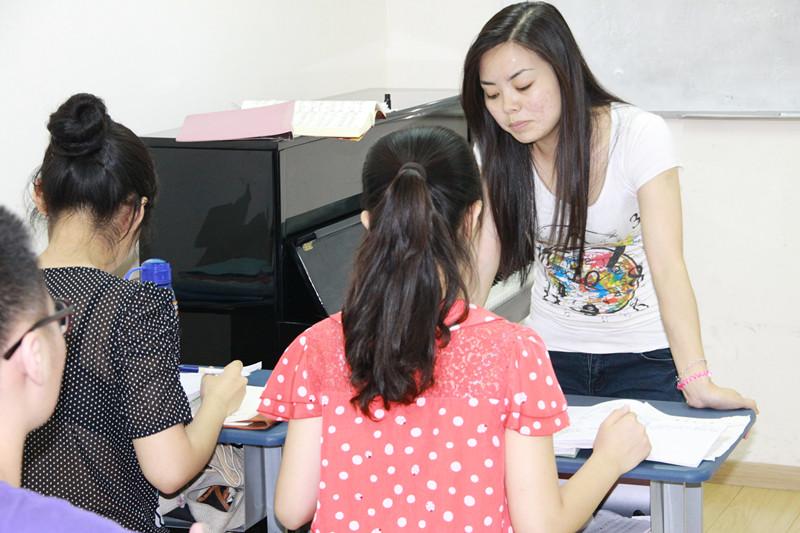 国韵老师详尽讲授声乐基础知识(一)