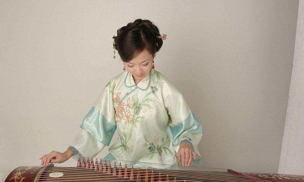 国韵老师谈古筝演奏艺术的音色把握