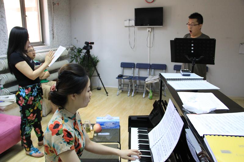 钢琴学习中弹奏音阶、琶音的常见问题