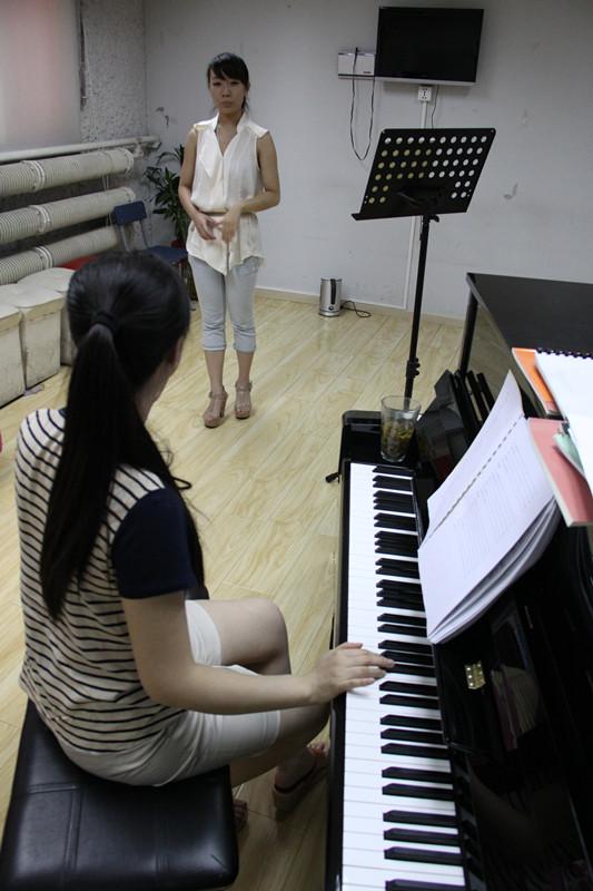 國韻老師詳盡講授聲樂基礎知識(七)