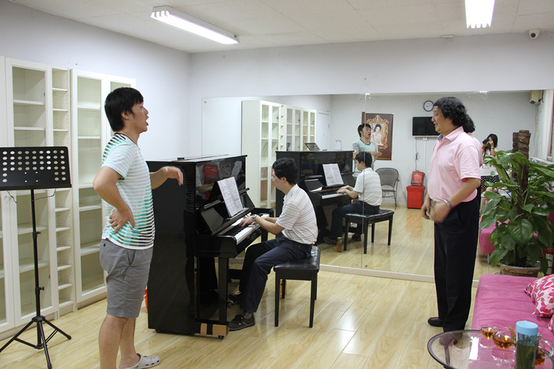 歌唱发声练习的步骤