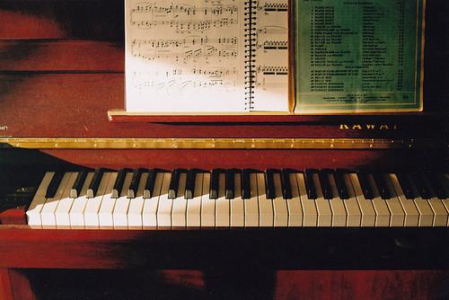 学钢琴的几个步骤