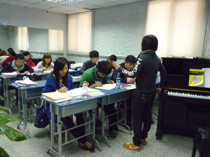 風華國韻老師講解2013年藝考面試必備要點