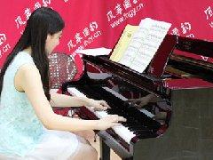 怎样才能弹奏出声音好听的钢琴曲
