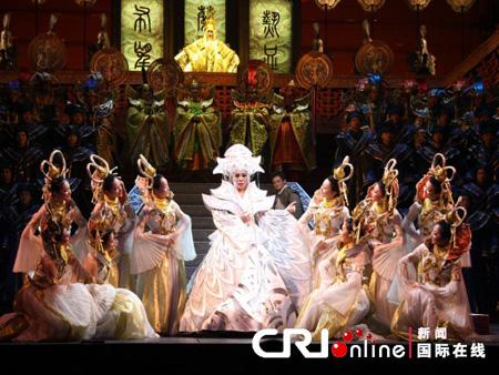 孫秀葦牽手莫華倫演繹《圖蘭朵》亮相韓國最高藝術殿堂