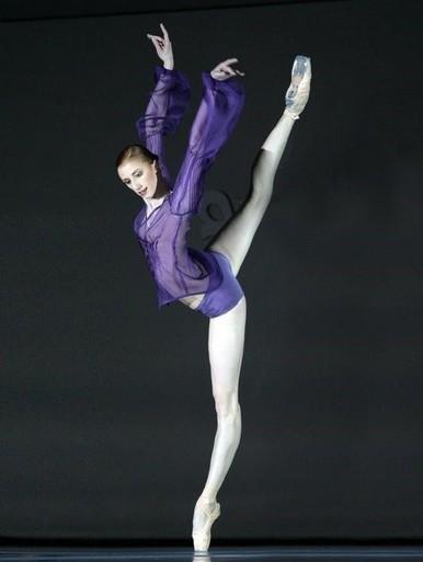 芭蕾舞基本功和训练方法