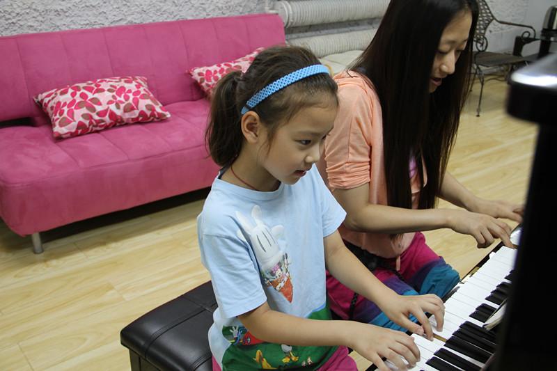 孩子學習鋼琴的好處