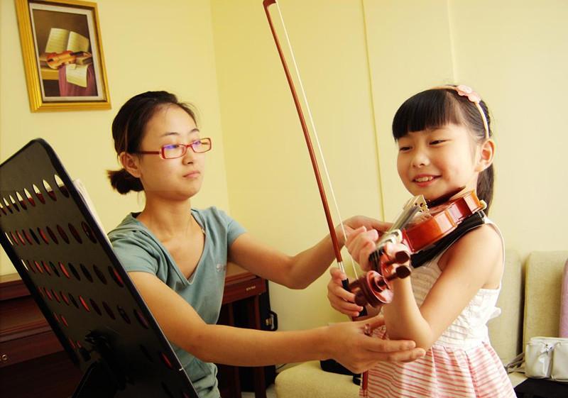 浅析儿童小提琴教育的教学互动