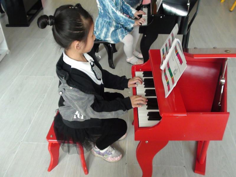 寓教于乐——如何教孩子识五线谱