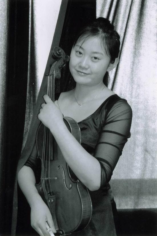 国际著名小提琴教育家林耀基先生的弟子-劳黎
