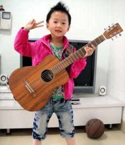 """""""小天才""""郭馥玮的吉他生活"""