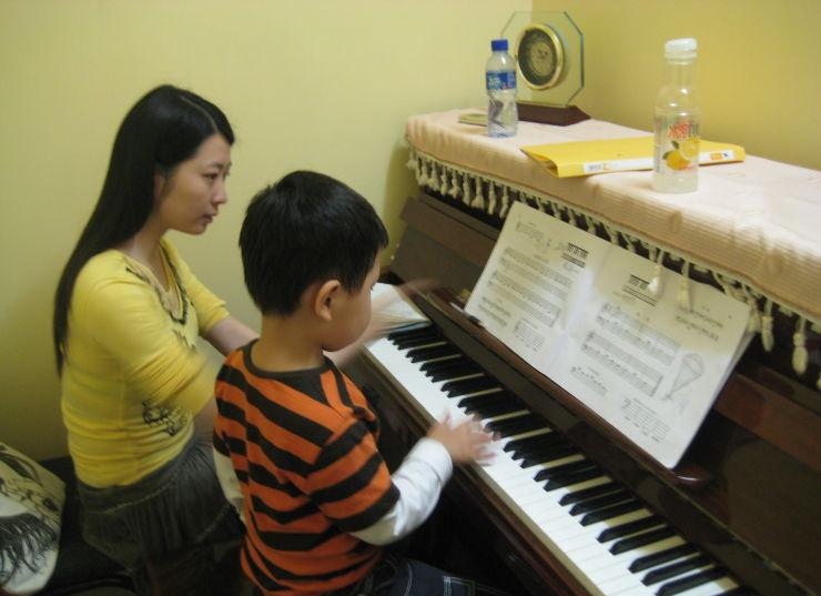 给初学钢琴的少儿妈妈们一些建议