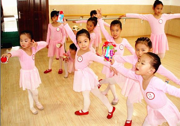 為什么每一個孩子都應該學習舞蹈?