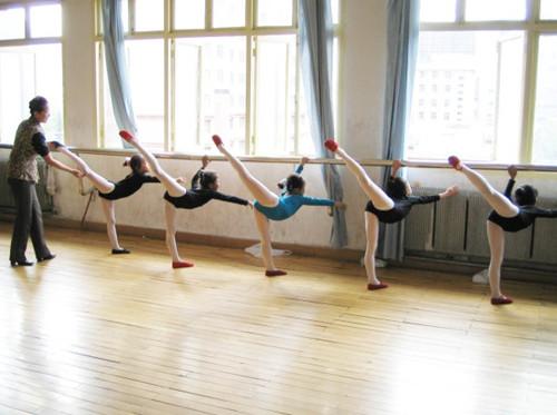 兒童聲樂及舞蹈入門體驗課正在報名中!