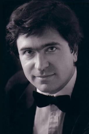 Roumen Kroumov 钢琴与作曲艺术指导