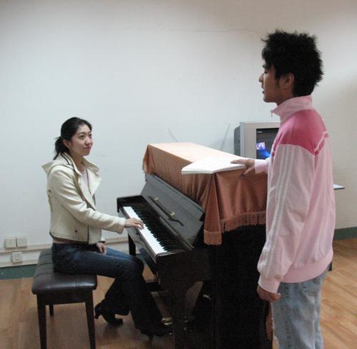 聲樂培訓,如何進行唱腔訓練