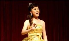 在声乐培训中演唱时一定要注意站姿!