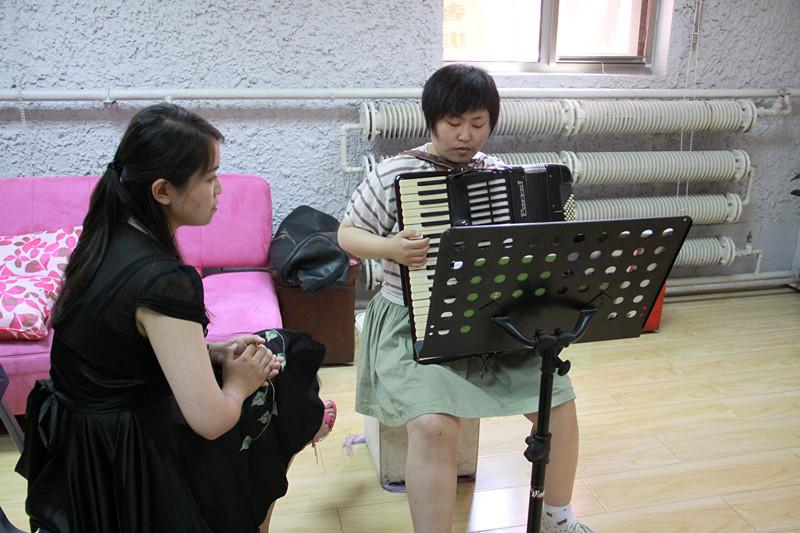 国韵天使阳光计划专家亲自授课 一对一指导声乐考级