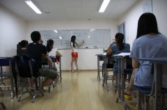 风华国韵艺考老师为音乐艺考乐感差的学生支招