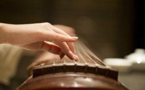 郑州古筝培训班一年多少钱?