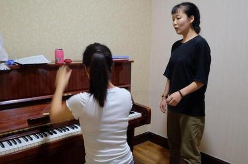 达州哪里有学钢琴的?