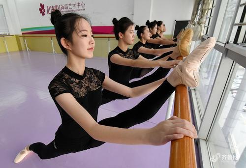 高考走音乐专业学哪种乐器?