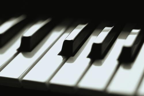 深圳钢琴培训班多少钱一个月?