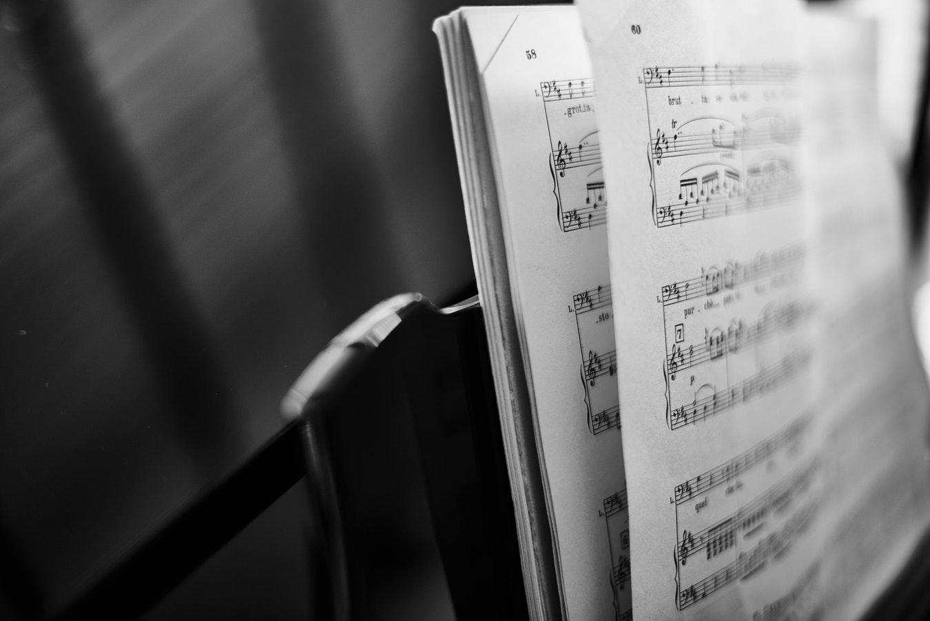 为什么钢琴演奏起来这么美妙?