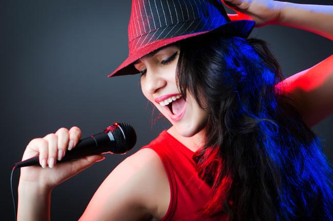 声乐学习中不自然演唱阶段的特点