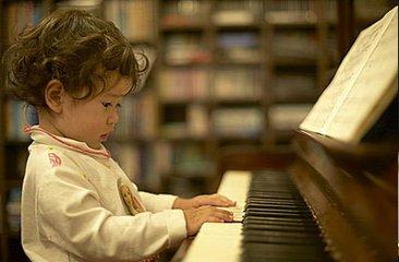 声乐学习中如何利用简单实用的方法唱好歌?