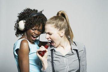 如何唱歌?唱歌的基本技巧有哪些?