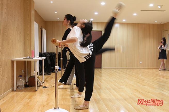 舞蹈艺考要经过哪几个阶段?
