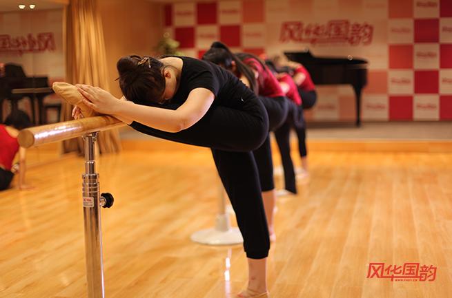 做好舞蹈藝考考前熱身,高分更靠譜!