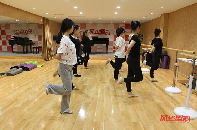 舞蹈艺考应该如何准备