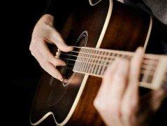 吉他多久能学会弹唱